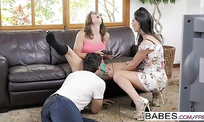 Babes - Step Mummy Lessons - Jay Smooth and Ale