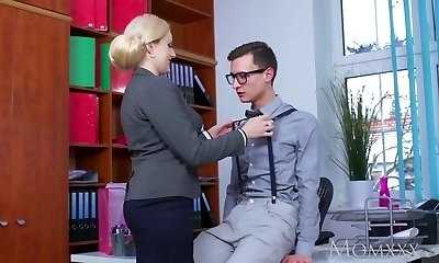 Mummy Blonde big tits Milf sucks massive geek schlong