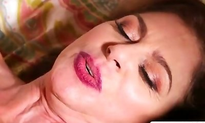 Sweetheart Not Step Mom Cashmere Gives Blowjob Mouth-watering Tender Stepson