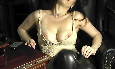 Epic milf leona in the study playing with herself