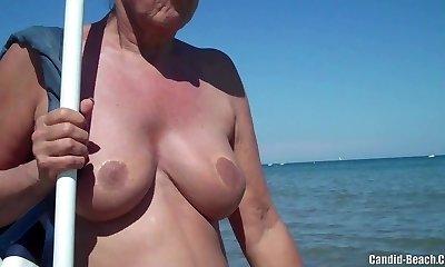 Mature Nudist Mummies Beach SpyCam Close-Up Hidden Cam HD Video