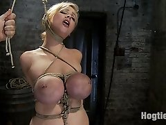 This is a bonus update for you this week!  Every once in a while we shoot an extra vignette with a girl, and when we do we offer it as a bonus, a little something off the hook added to what you get with your normal membership. 