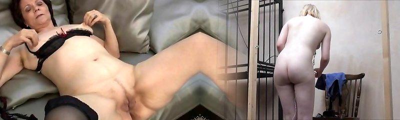 Seksi çorap olgun ev hanımı