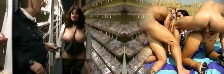 videothek masy wytrysku! sperma-drecksau heidi schluckt alles!