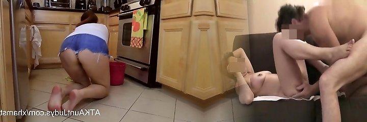 olgun 46-yr yaşlı puma alesia delectation katta temizler