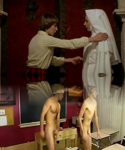 Nun enticed lesbian!