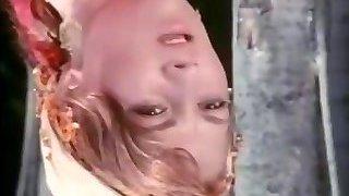 Yaprak Onur - Atesli Sikisken Siken Kadin 1981