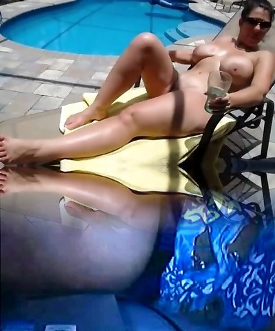 Mature hottie with big naturals gets smashed by the pool