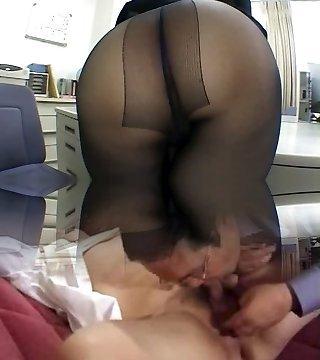 Stockings, Face Sitting