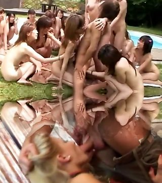 Sex Pool Party