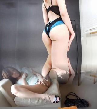 Striptease, Petite