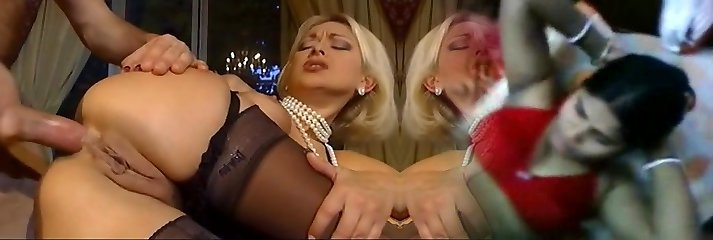 Wealthy platinum-blonde blow the guy after cumming