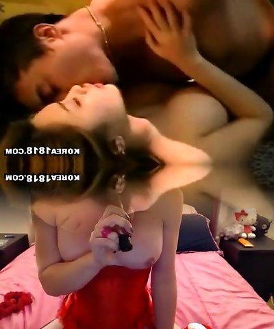 Hot asian girl solo douche show