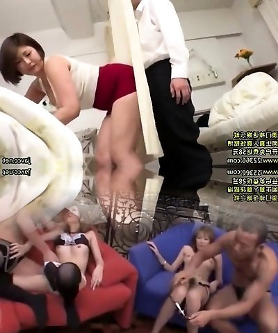 Hardcore babe penetrated on the massage couch