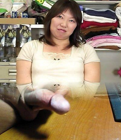 japanese bbw mature masterbation witnessing