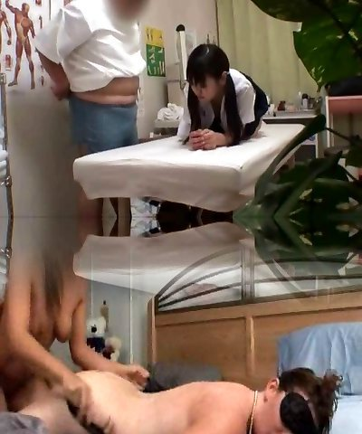 Japanese schoolgirl (Barely Legal+) fucked during medical exam
