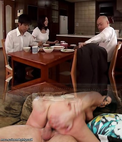 Next To The Mommy ... Husband To Forgive Bod To Son ... Fujie Yoshie Digital Mosaic Takumi