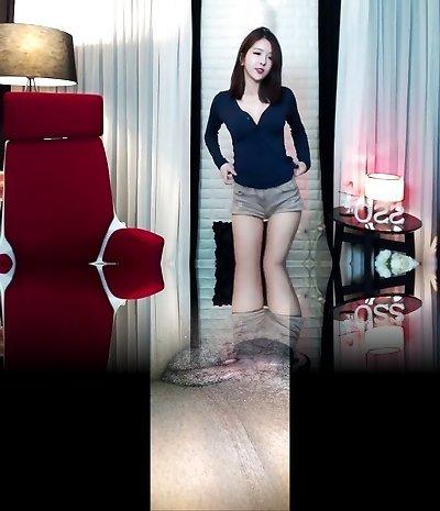 Gorgeous Korean Lady Dancing Wang Si Cong