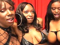 three black girls in lesbian action in sofa