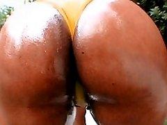 Ebony bootylicious ass sex scene