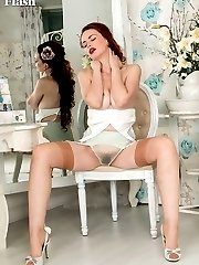 Vintage fan Mistique in vintage nylons and hairy haven!