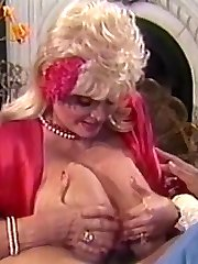 Amber Lynn, Candy Samples, Jenny B. Goode in vintage xxx clip