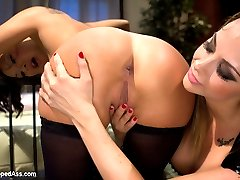 Famous pornstar Asa Akira subs for the very first time at WhippedAss.com! Asa has never been...