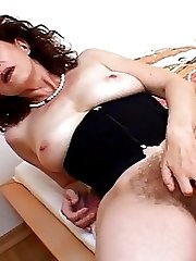 Mature Andreas Hairy Fuck Slot Fucked By Black Cock