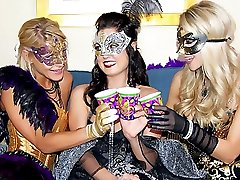 3 hot lesbians dildo fuck eachother after dressing up like princesses in these hot lesbo fuck...