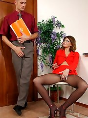 Lustful mature jumps on a young pecker getting her pantyhose ripped open