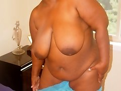 Crystal is a hot horny and hefty older babe. Shes showing it all and ready to get freaky