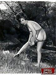 Vintage naked girls outside