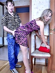 Seductive chick getting her sheer-to-waist pantyhose torn for rough scoring