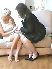 Young applicant seduced by older nylon crazy gal right at her job interview