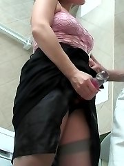 Randy chick servicing guys banghole with her strap-on right in bathroom