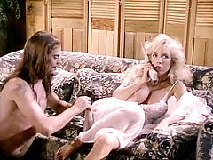 Victoria Paris, Sikki Nixx in hot video with busty porn star Victoria Paris