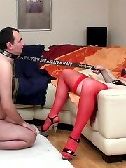 Sizzling hot chick cant hide her rubber present for sex-addicted boyfriend