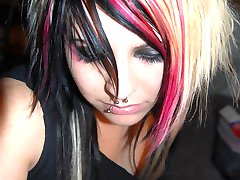 Sexy emo girls getting nude and taking pics