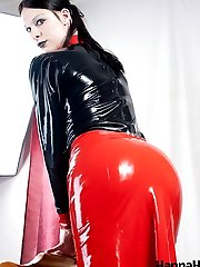 Dominating shemale Hannah Sweden in FuckMe Boots and Latex