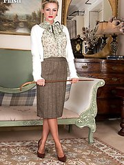 Vanessa is teaching about 50s fashion in her full cut panties, deep garters, pencil skirt,...