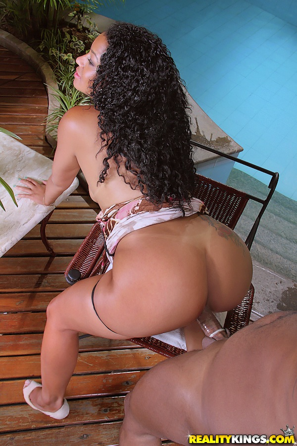 Amateur Curly Hair Latina