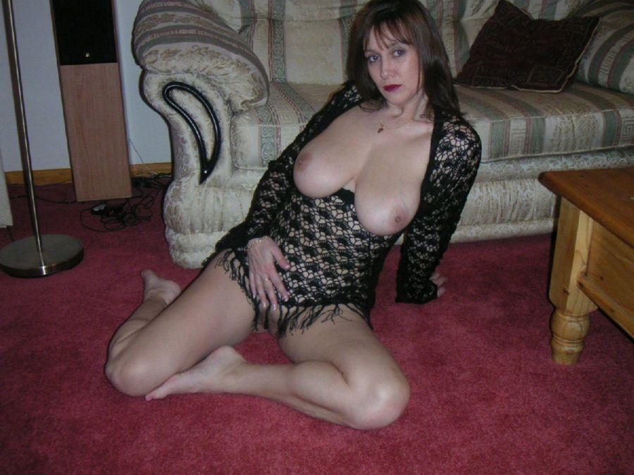 Blonde Amateur Milf Big Tits