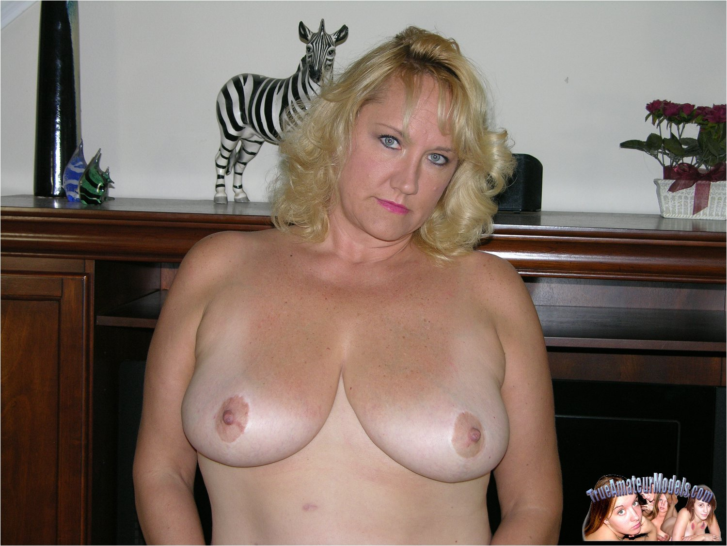 Busty Blonde Mature Amateur