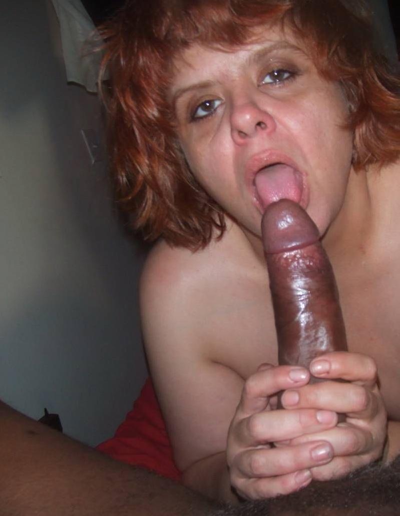 Naked groups of girlshaving sex