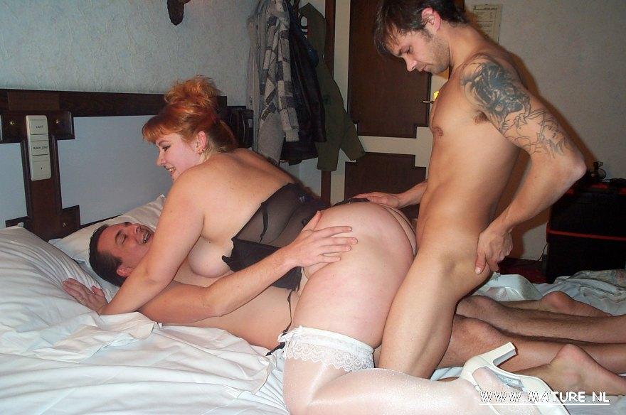Chubby Milf Anal Threesome