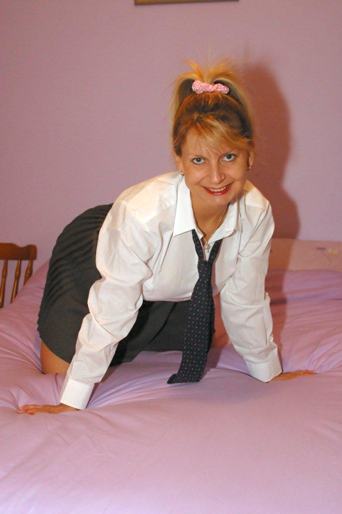 British Amateur Mature Mums