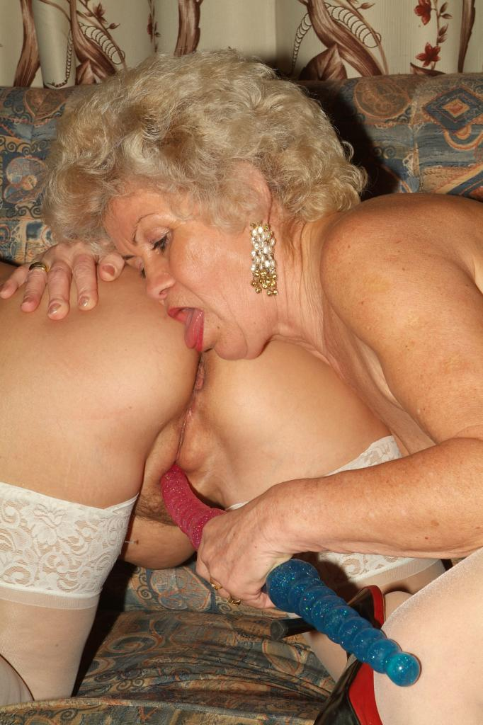 Old Lady Lesbian Licking Pussy