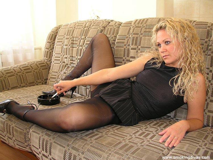 Smoking in pantyhose babe apologise