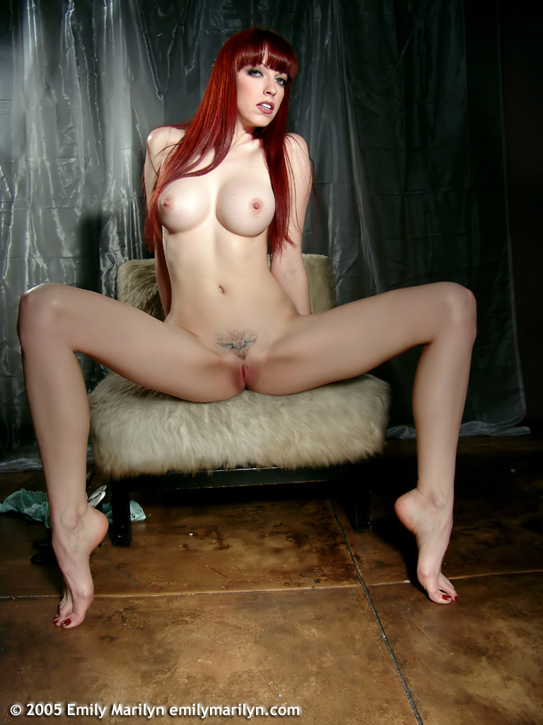 Emily Marilyn порно модель