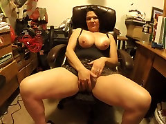 strong vib littal girl hard sex with young man